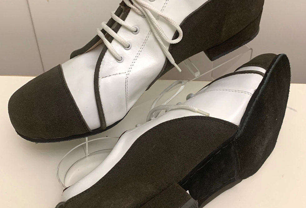 DNI Trainers - Brown and White