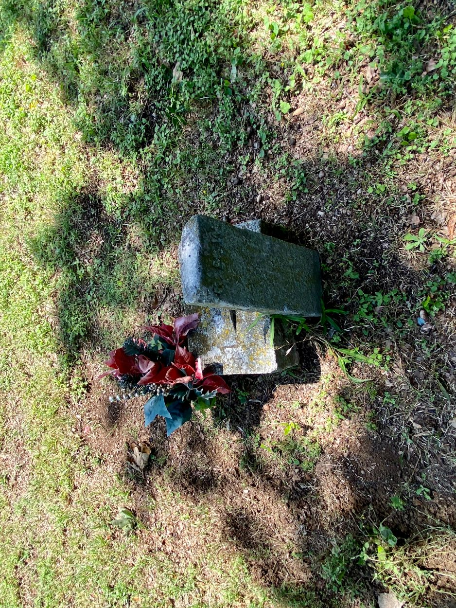 Unknown Grave 19