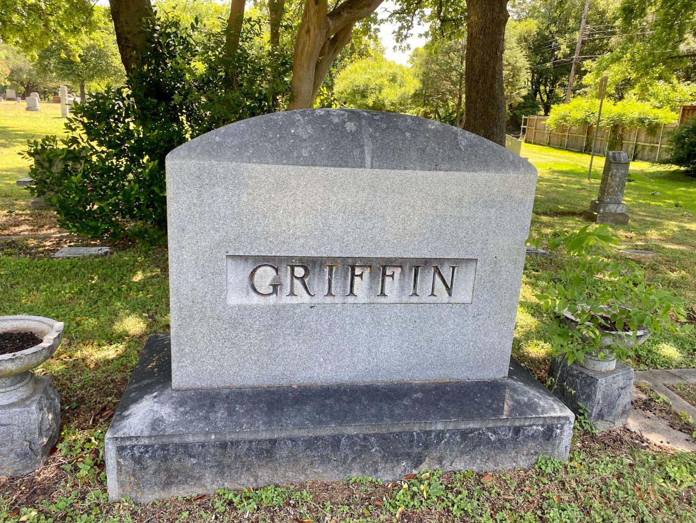 Griffin Family Plot