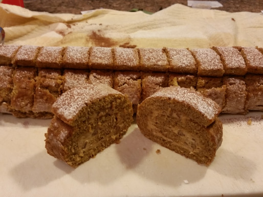 """""""Ultimate Pumpkin'd out Nutty Cream Cheese Log"""""""