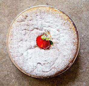 Victoria_Sponge_Cake-9450.jpg