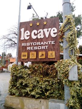LE CAVE - RESORT.jpg