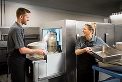 Dishwasher FT1000e Lifestyle LoadPotPan
