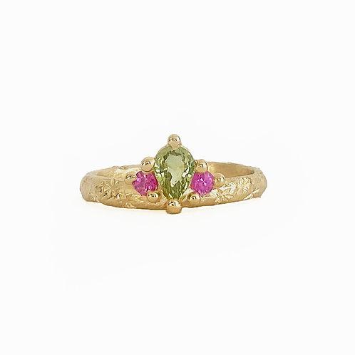 Green & Pink Crown Ring