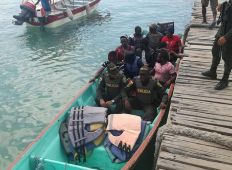 Human traffickers forced 62 illegals from India, Bangladesh, Eritrea, Cuba and Brazil into the sea.