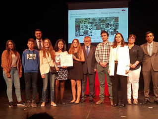 Entrega del premio del concurso Cervantes Into English