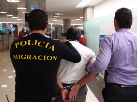 Doble vida: era Policía de Migración Tico y Coyote de ilegales cubanos