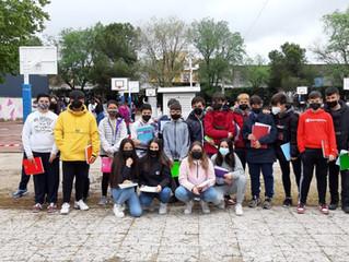 Visita de alumnos de 1ESO C a la estación meteorológica del CEIP Martín Chico.