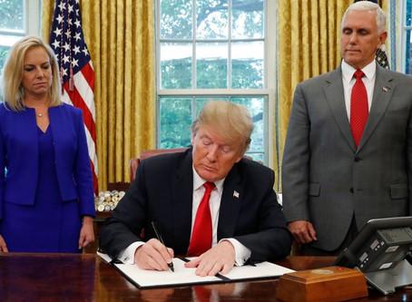 """Trump también enviará a México a solicitantes de asilo que acrediten """"miedo creíble""""."""