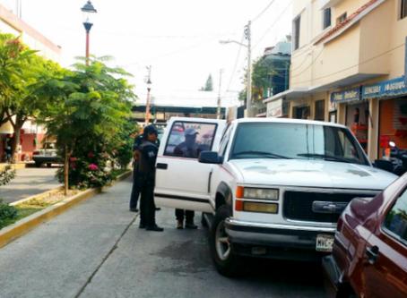 PGR detiene a Coyote con 13 ilegales en la Mixteca Oaxaqueña