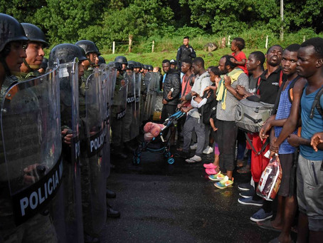 Fracasa Caravana de Ilegales en Tapachula; INM detuvo a casi 500 integrantes que serán deportados.
