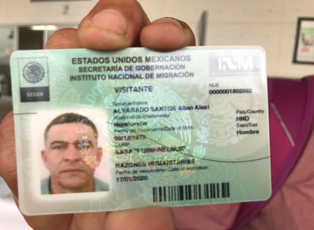 How many Africans have obtained a Humanitarian Card from the INM to travel freely through Mexico?