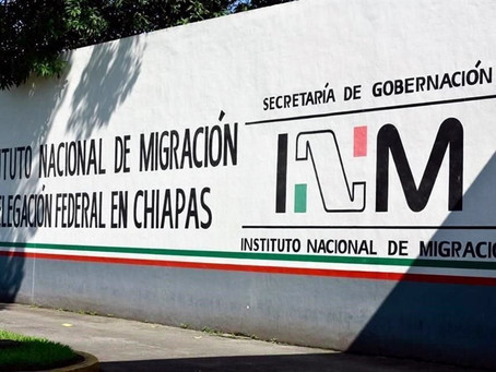 Funcionarios del INM en Tapachula cobran USD$700 a cada cubano para darle el Oficio de Salida