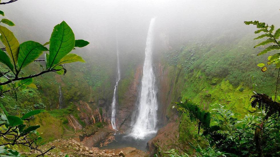 Header-aquanissi-costa-rica.jpg