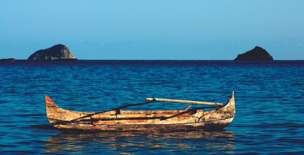 tsarabanjina-madagascarb-fishing-boat-3.
