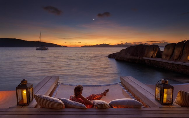 felicite-seychelles-sunset-from-koko-bar