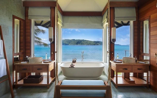 felicite-seychelles-pool-villa-bathroom.