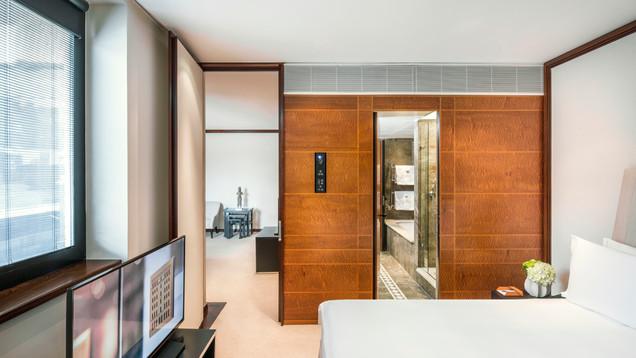 Belgravia Suite with Balcony