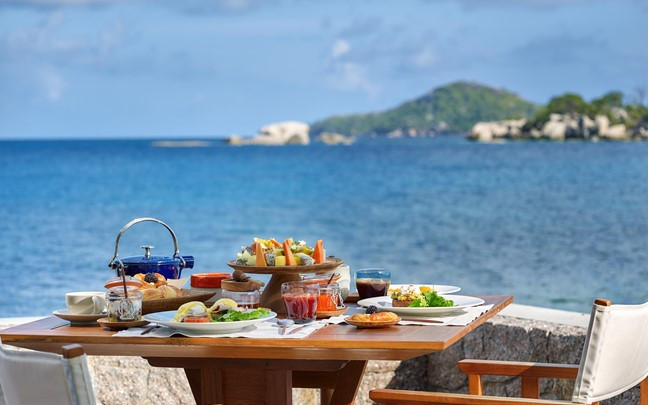 felicite-seychelles-breakfast-at-ocean-k