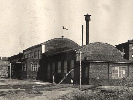В 1944 г. бригада художественной самодеятельности новосибирского клуба...