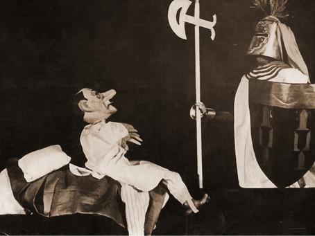 В октябре 1942 г. на отчетном спектакле...