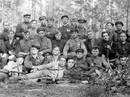 3 августа 1942 г. командиры партизанских бригад Белоруссии направили благодарственное письмо...