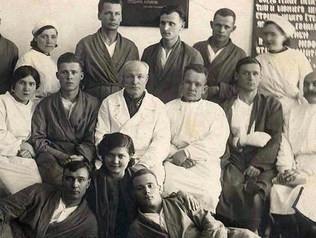 Более 218 тысяч солдат остались в живых благодаря усилиям новосибирских врачей...