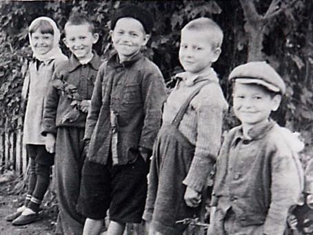 Как у любого поколения, у военного тоже был свой подростковый/молодежный жаргон...