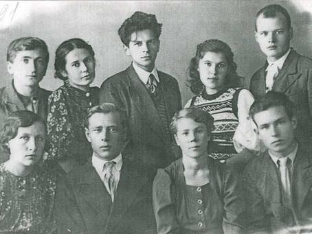 Студентов первого набора Новосибирского государственного медицинского института...