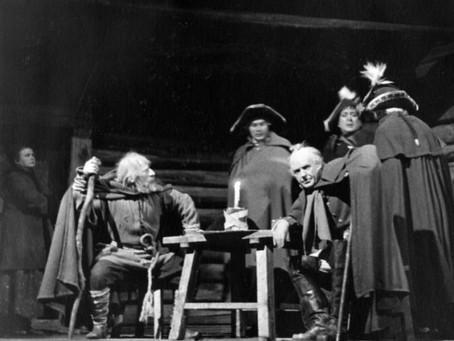 3 сентября 1941 г. в Новосибирск прибыл старейший заслуженный театр...