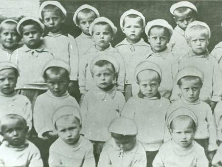 На 14 января 1942 г. в Новосибирске размещены 3 детских сада, эвакуированные из Ленинграда...