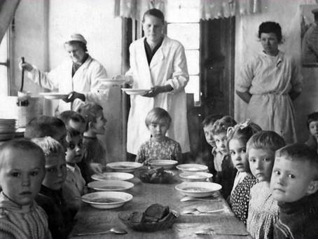 На 23 мая 1942 г. в г. Новосибирске находилось 6 детских домов отдела образования...