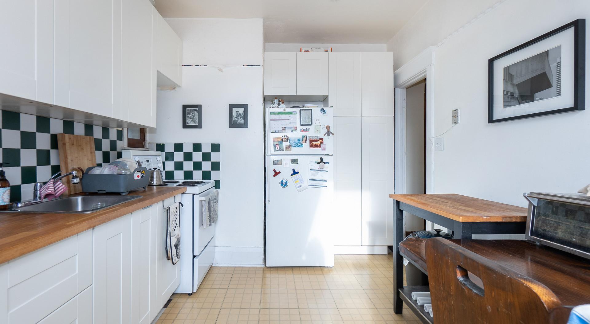 2nd fl - kitchen2.jpg