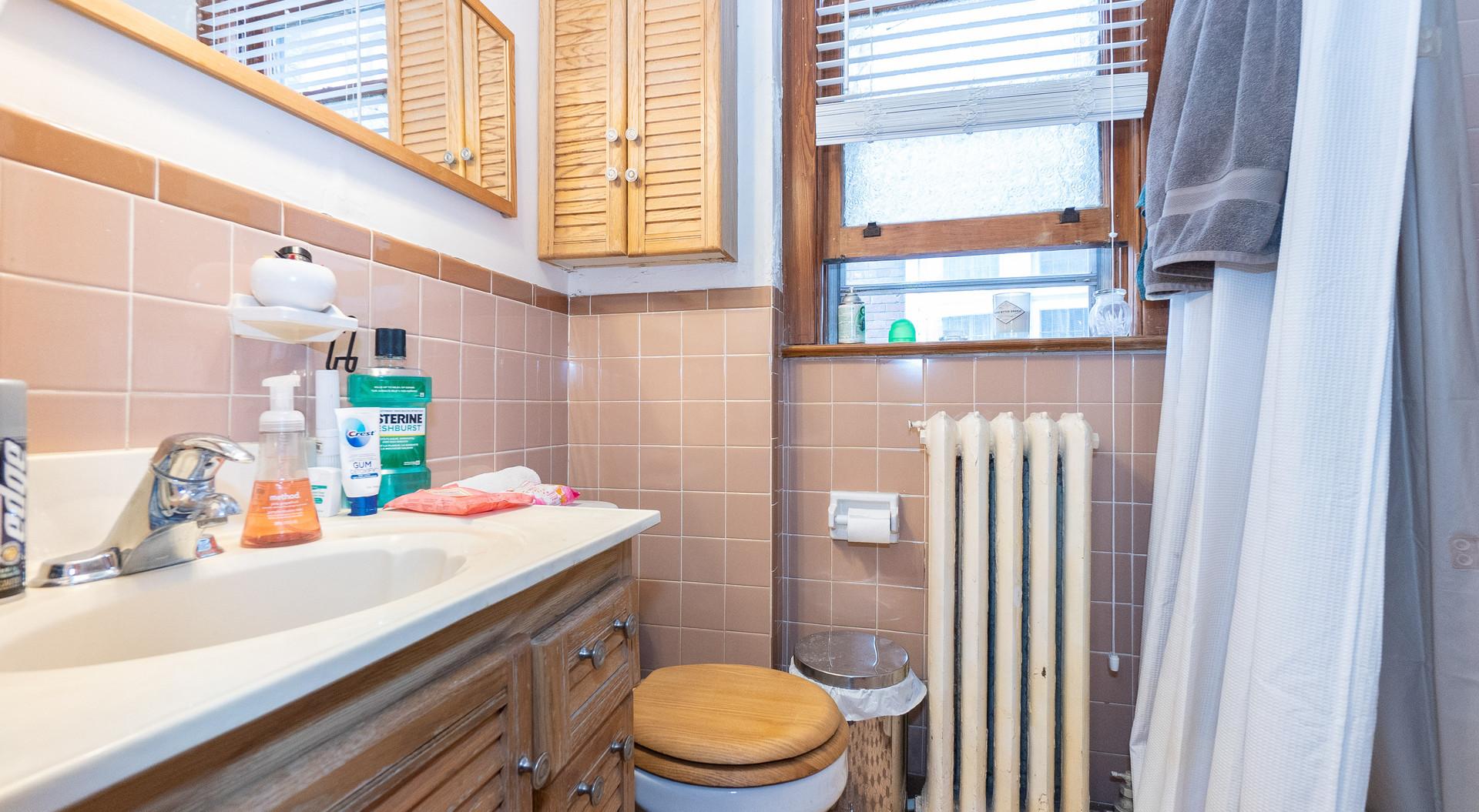 Main-bath.jpg