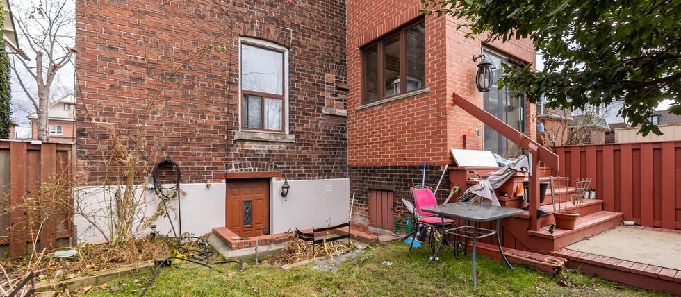 Back yard & garden level exit.jpg