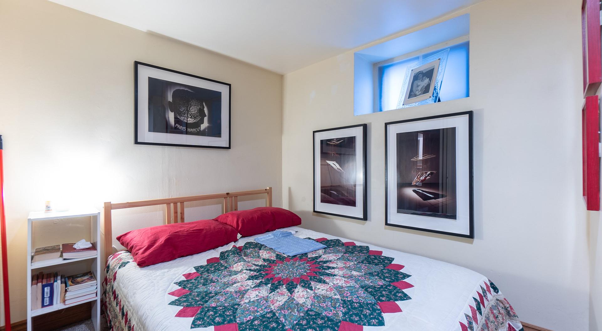 Basement-bedroom.jpg