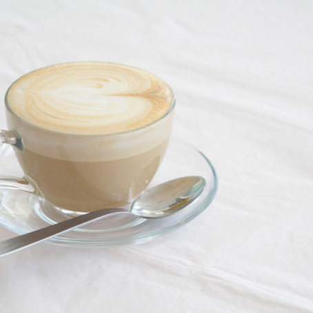 Zo maak je in 4 stappen een hartje in je koffie