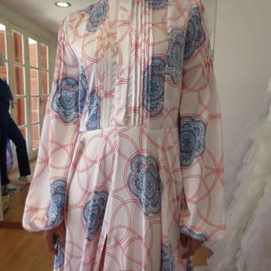 Dress with digital print.