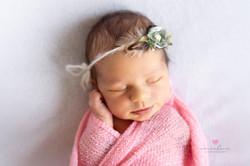 Karolinka_newborn_web_04