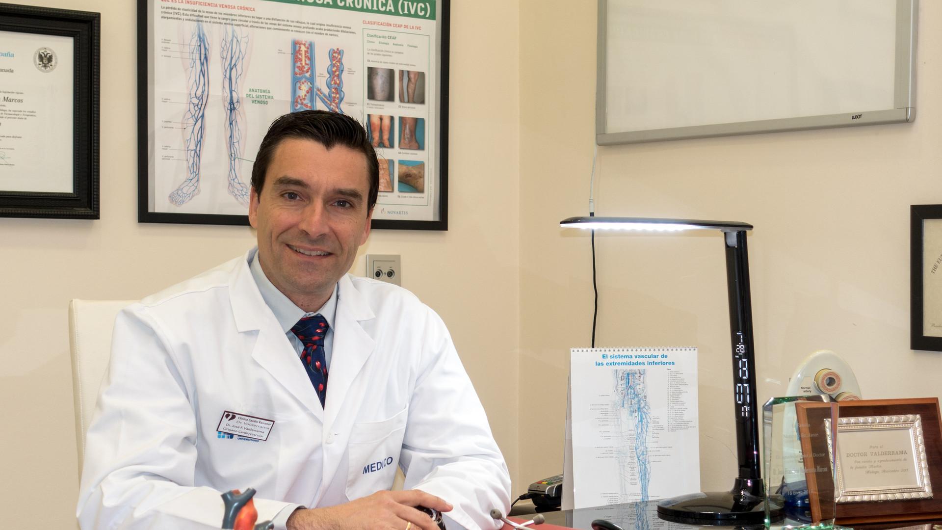 Dr Valderrama_Despacho-2.jpg