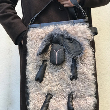 Leather bag with fur