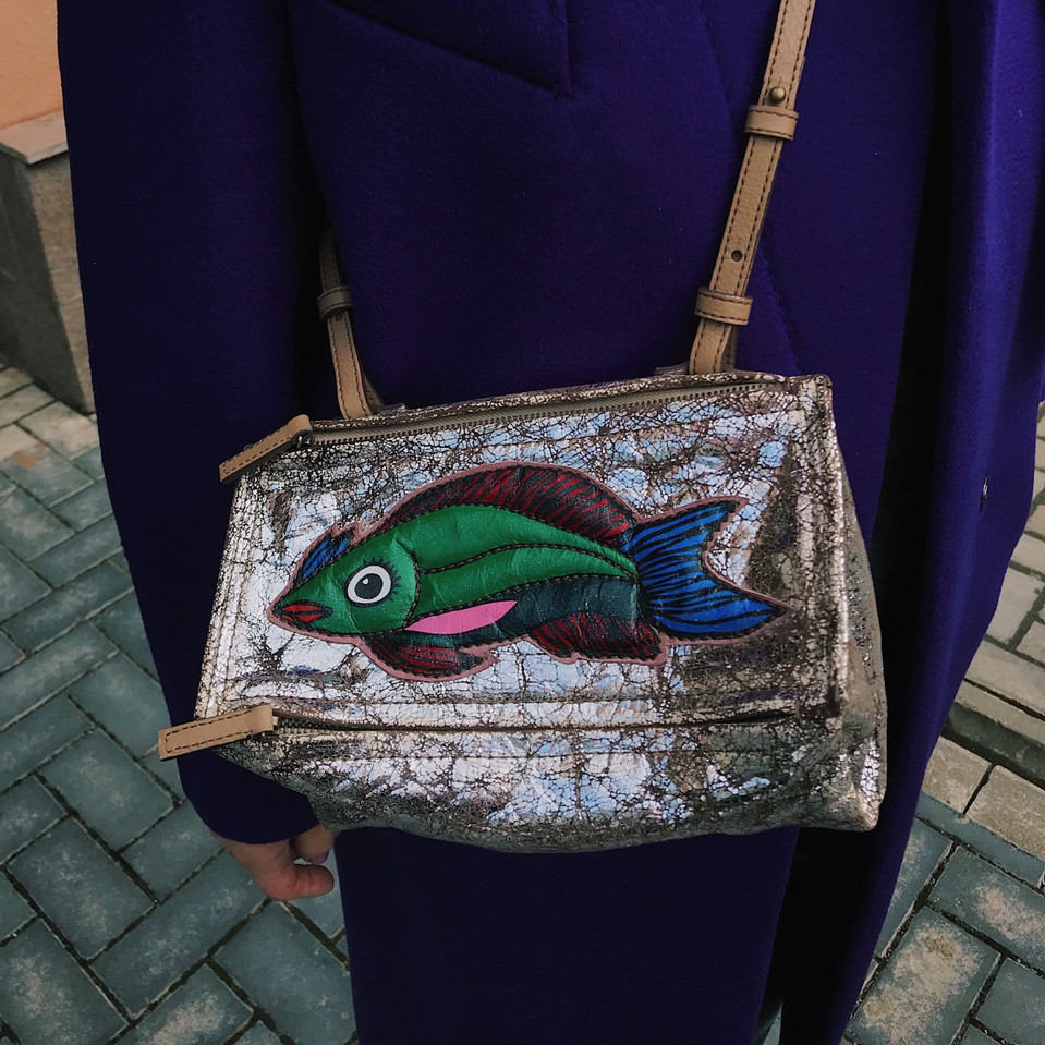 Leather bag with applique, handpainted