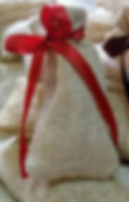 Earthworks jutepouch with satin ribbon