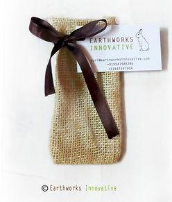 Eathworks innovative jute sapling pouch