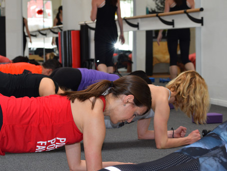 6 Core Strengthening Exercises To Help You Build a Lean Physique For That Santa Monica Summer