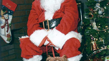 Santa  Claus is coming to town! and will be at QUIBUS PAWS!