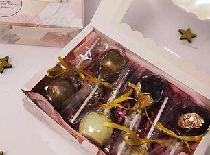 Cakepops Box.jpg