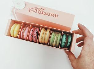 Macarons Frühlingsbox.jpg