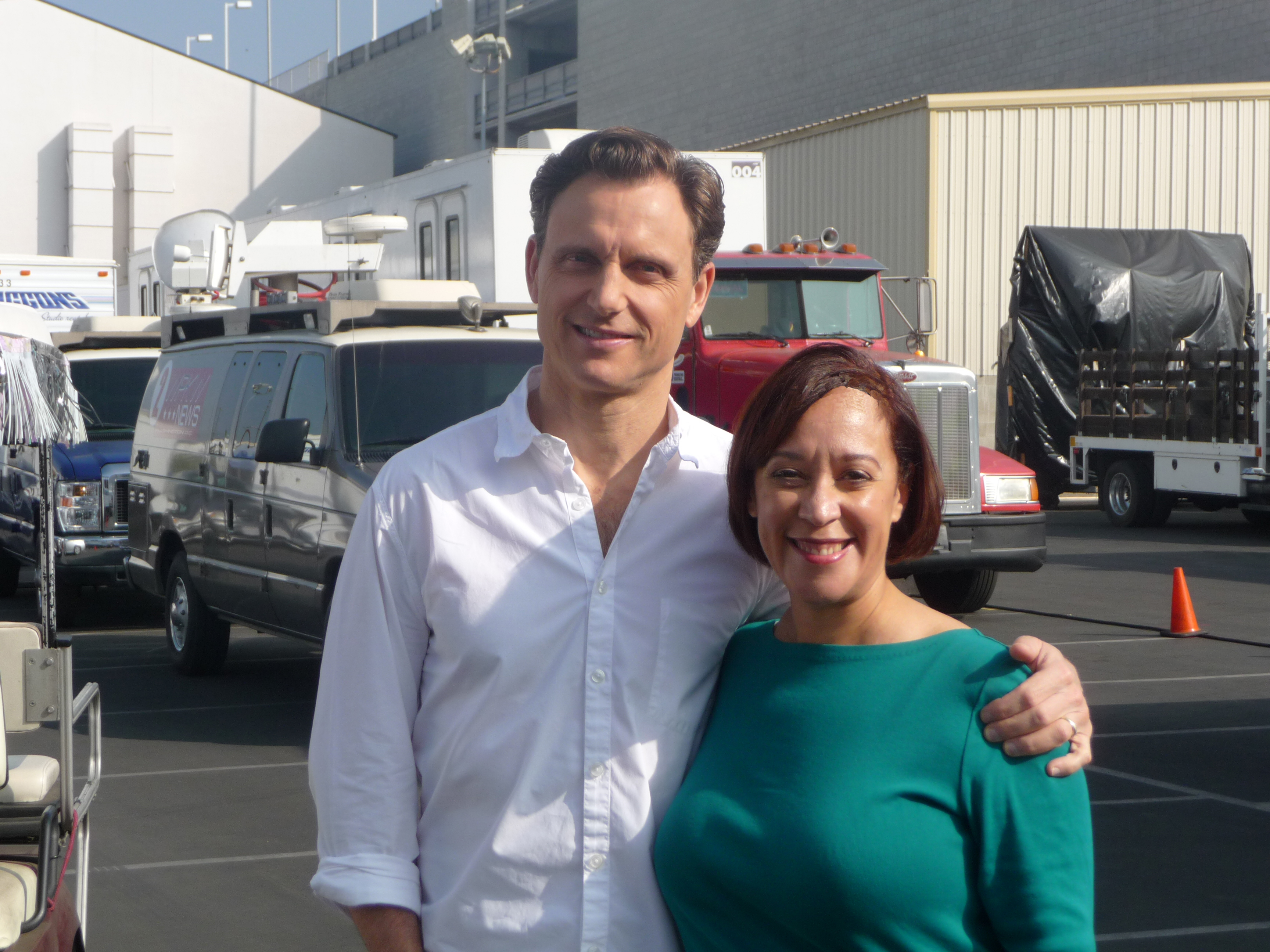 On the SCANDAL set with Tony Goldwyn
