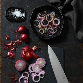 Swiss_Modern_Carving_Knife_2.jpg